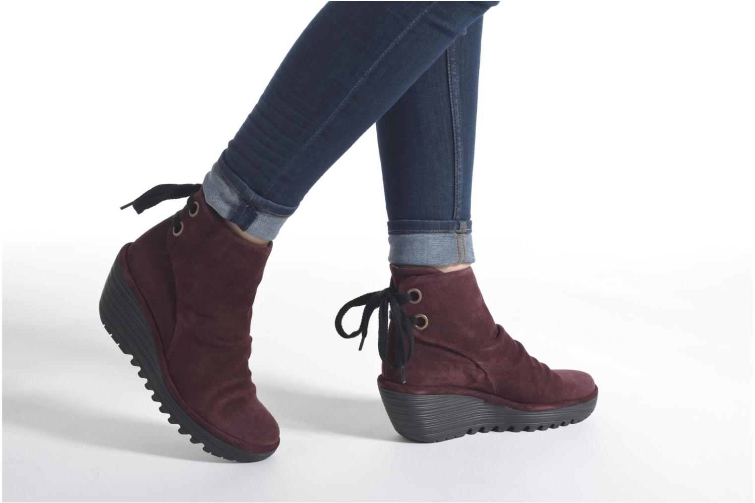 Ankle boots Fly London Yama Red view from underneath / model view