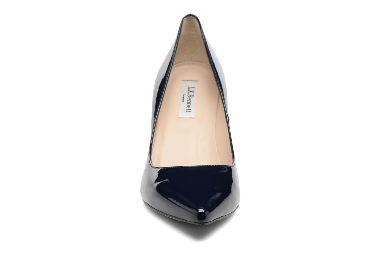 Zapatos de tacón L.K. Bennett Floret Azul vista del modelo