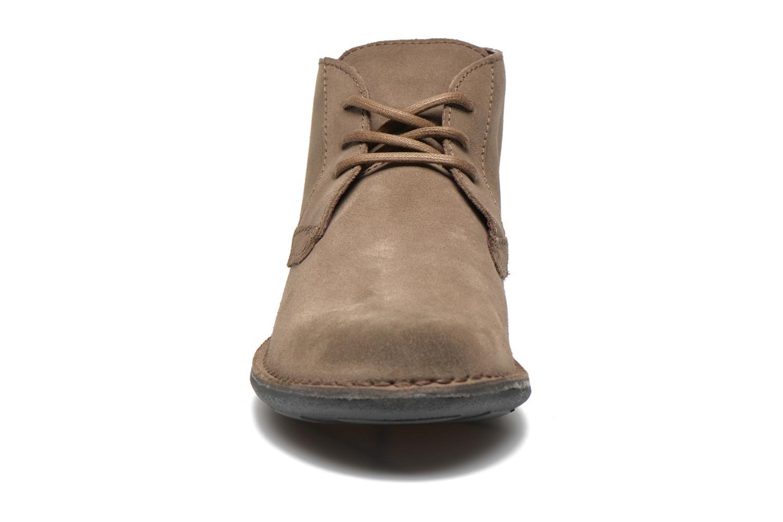Scarpe con lacci Kickers SWIBO Grigio modello indossato