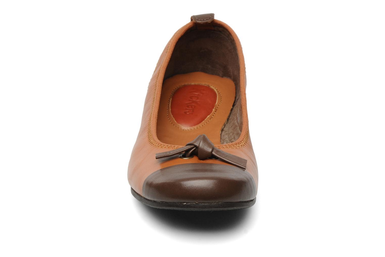 Ballerines Kickers LIVE Marron vue portées chaussures