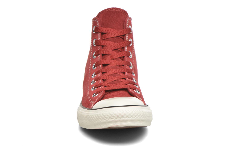 Baskets Converse Chuck Taylor All Star Suede Hi M Bordeaux vue portées chaussures