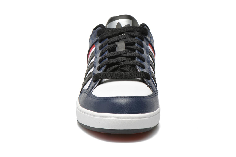 Sneaker Adidas Originals Varial Low blau schuhe getragen