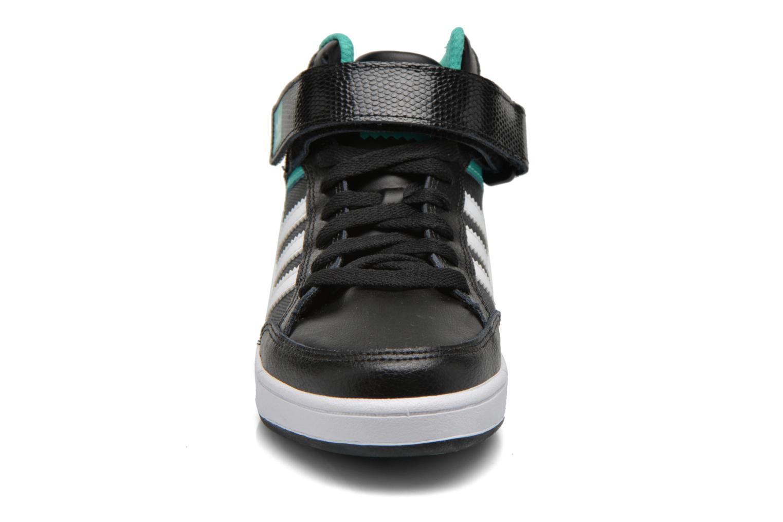 Baskets Adidas Originals Varial Mid J Noir vue portées chaussures