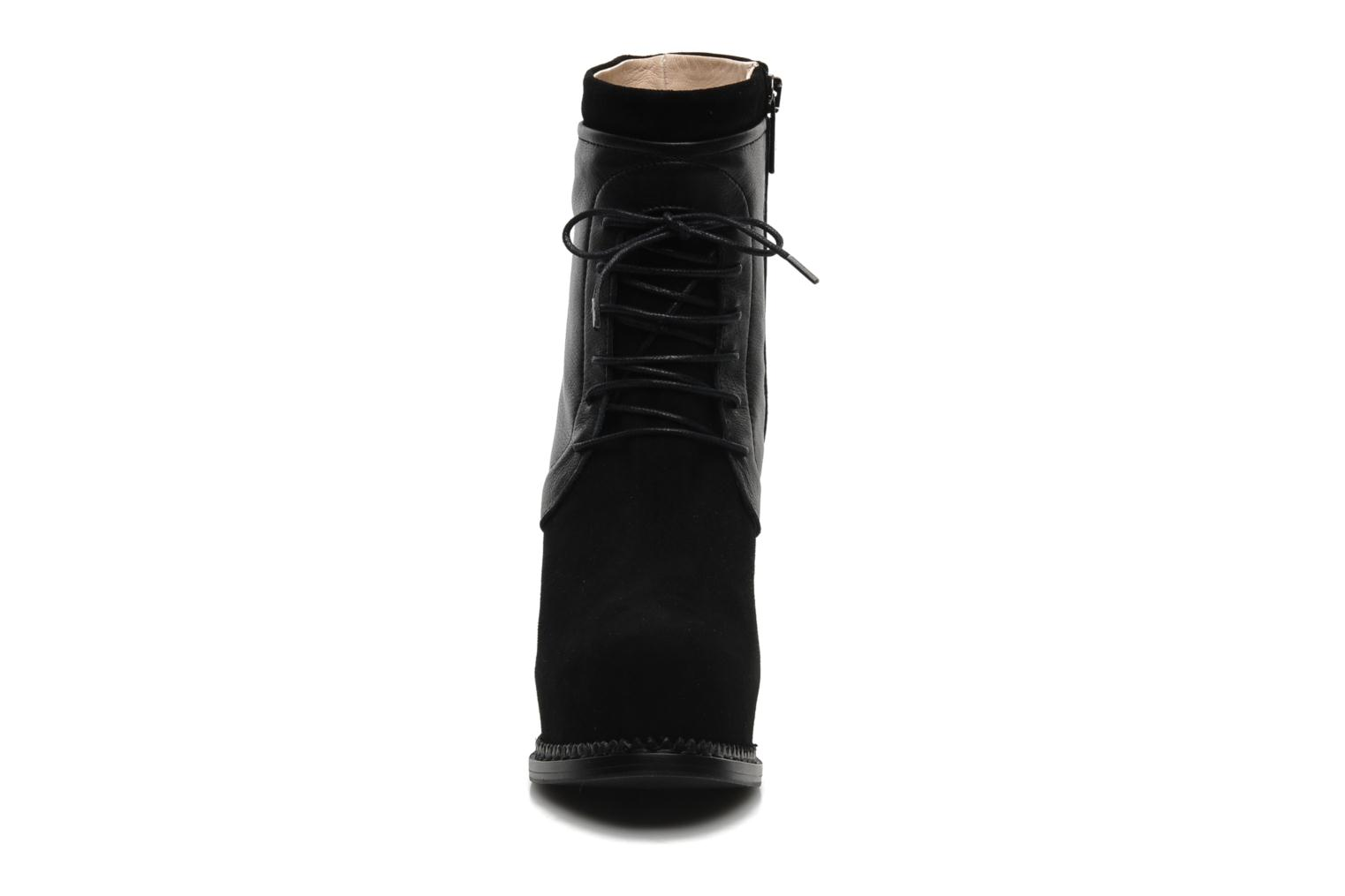 Ankle boots Paul & Betty Jenny Lace Black model view