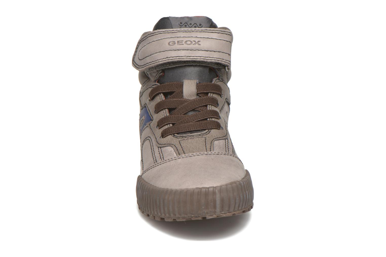 Baskets Geox J MYTHOS D Marron vue portées chaussures