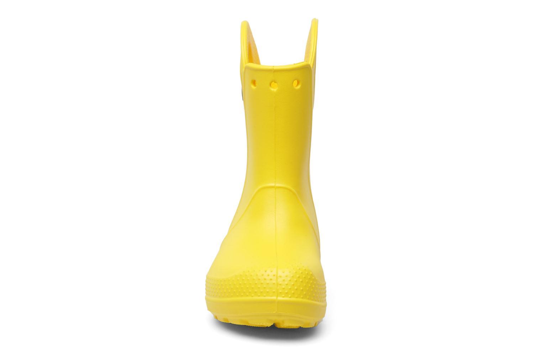 Bottes Crocs Handle it Rain Boot kids Jaune vue portées chaussures