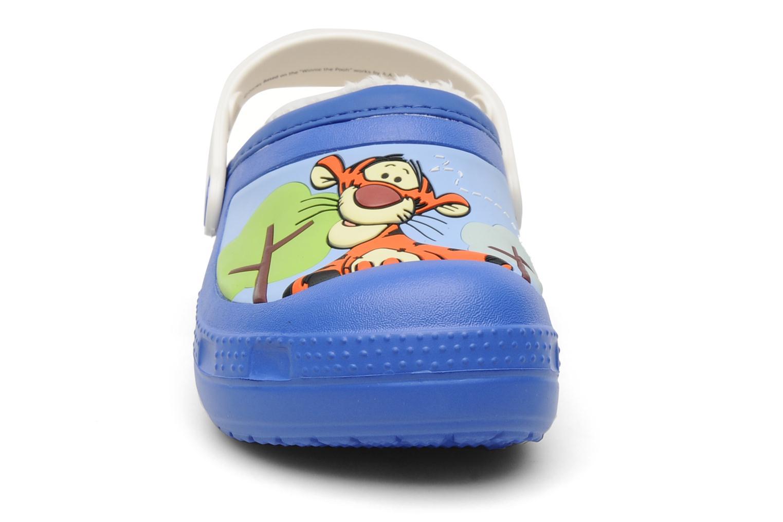 Sandales et nu-pieds Crocs Winnie The Pooh & Eeyore Lined Clog Bleu vue portées chaussures