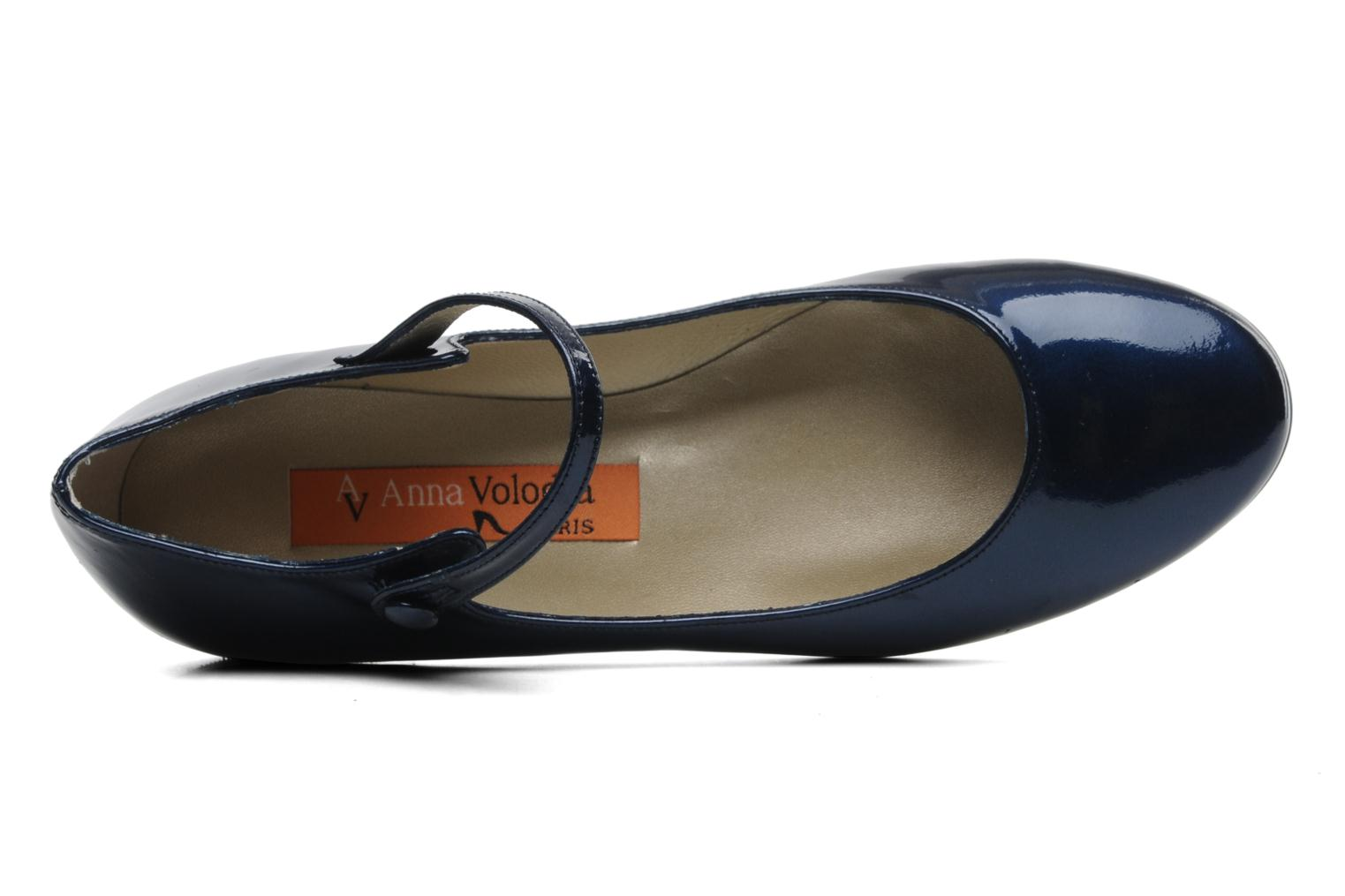Ballet pumps Anna Volodia Aelan Blue view from the left