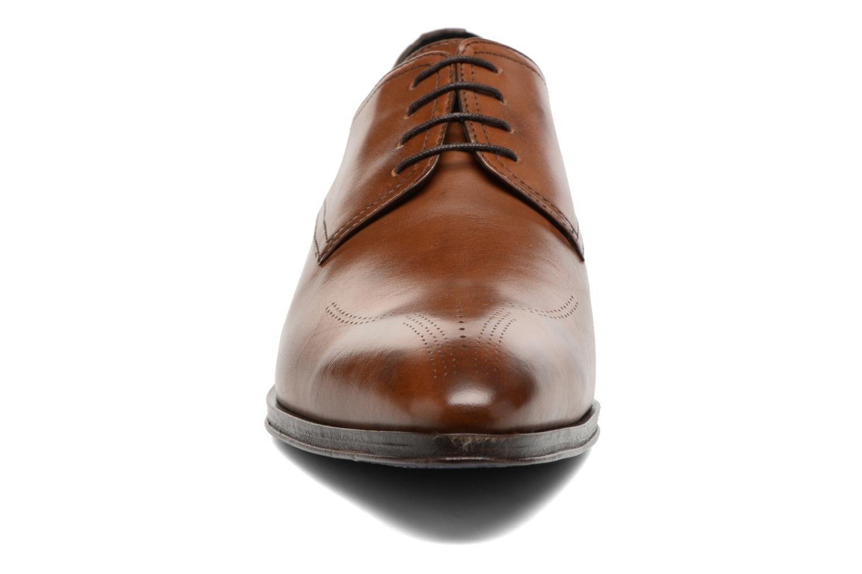 Schnürschuhe Brett & Sons Mark braun schuhe getragen