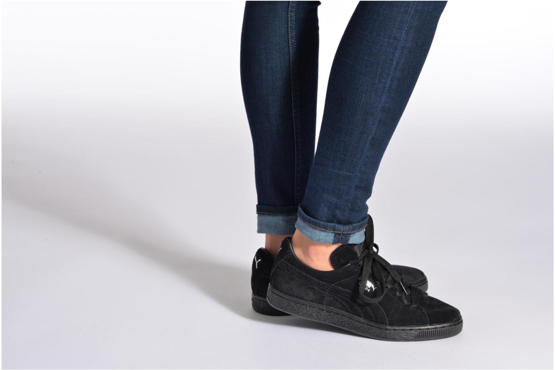 Sneaker Puma Suede classic eco W rot ansicht von unten / tasche getragen