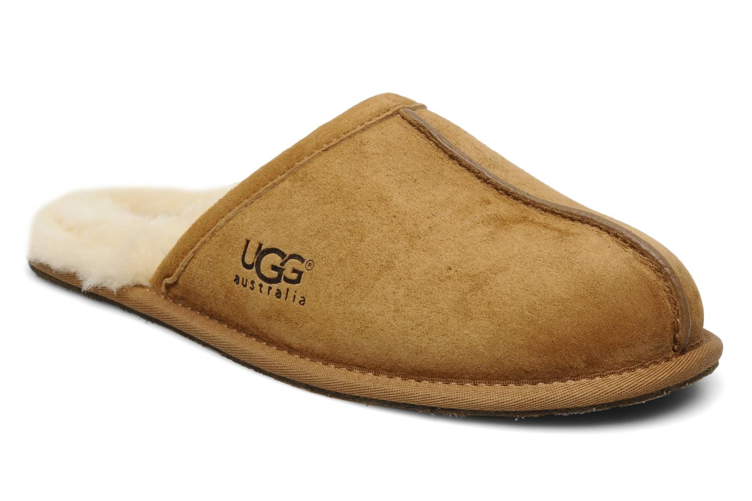 Slippers UGG Scuff Brown detailed view/ Pair view