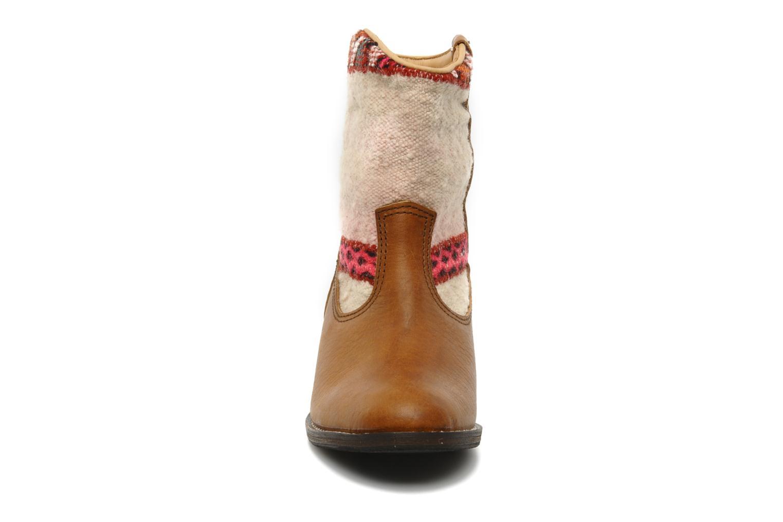 Stiefeletten & Boots Kiboots Inez braun schuhe getragen