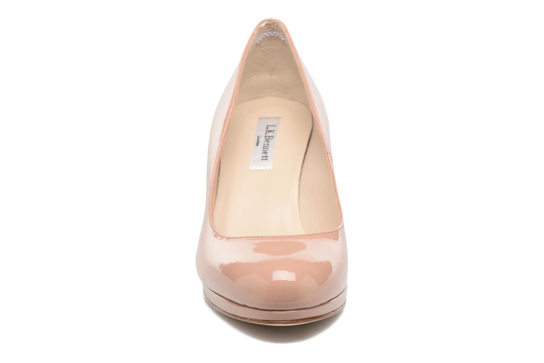 Escarpins L.K. Bennett Sybila Marron vue portées chaussures