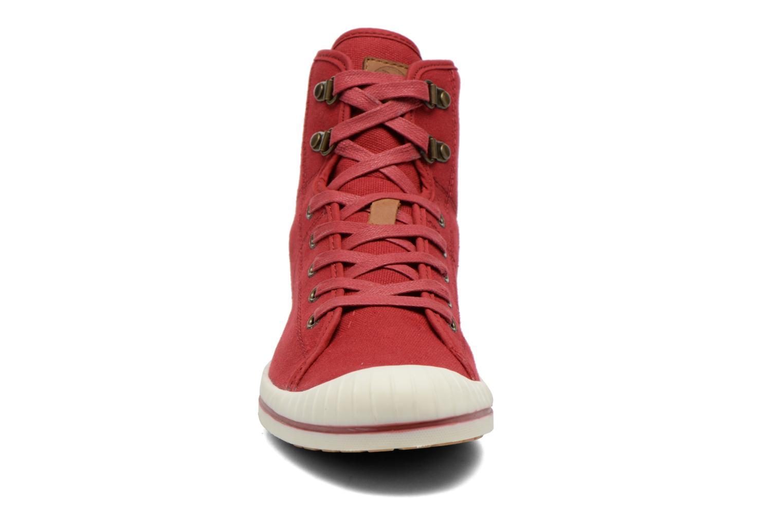 Schnürschuhe Aigle Kitangiri Mid W rot schuhe getragen