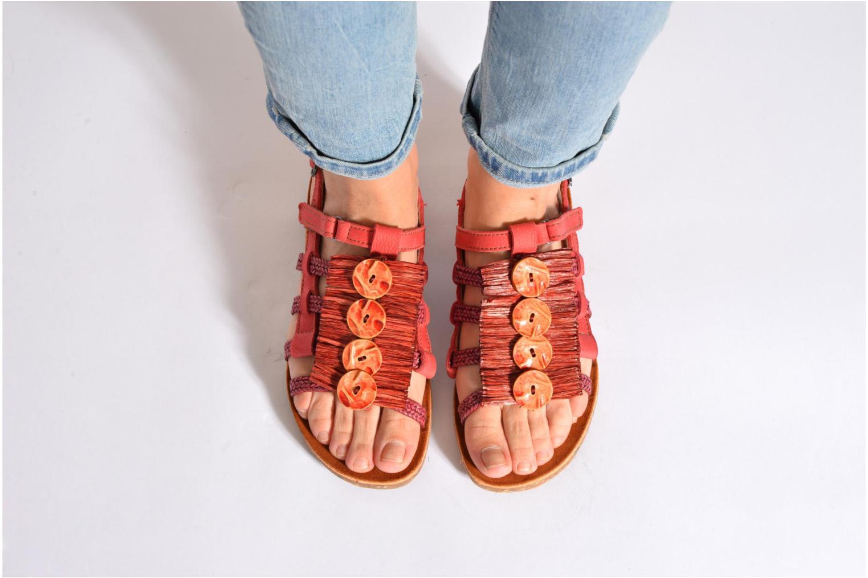 Sandales et nu-pieds Art Zurich 036 Rouge vue bas / vue portée sac