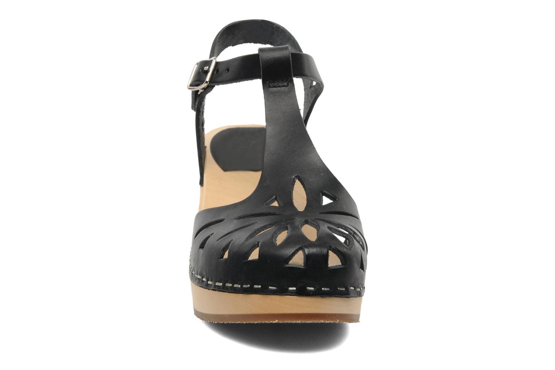 Sandales et nu-pieds Swedish Hasbeens Lacy Sandal Noir vue portées chaussures