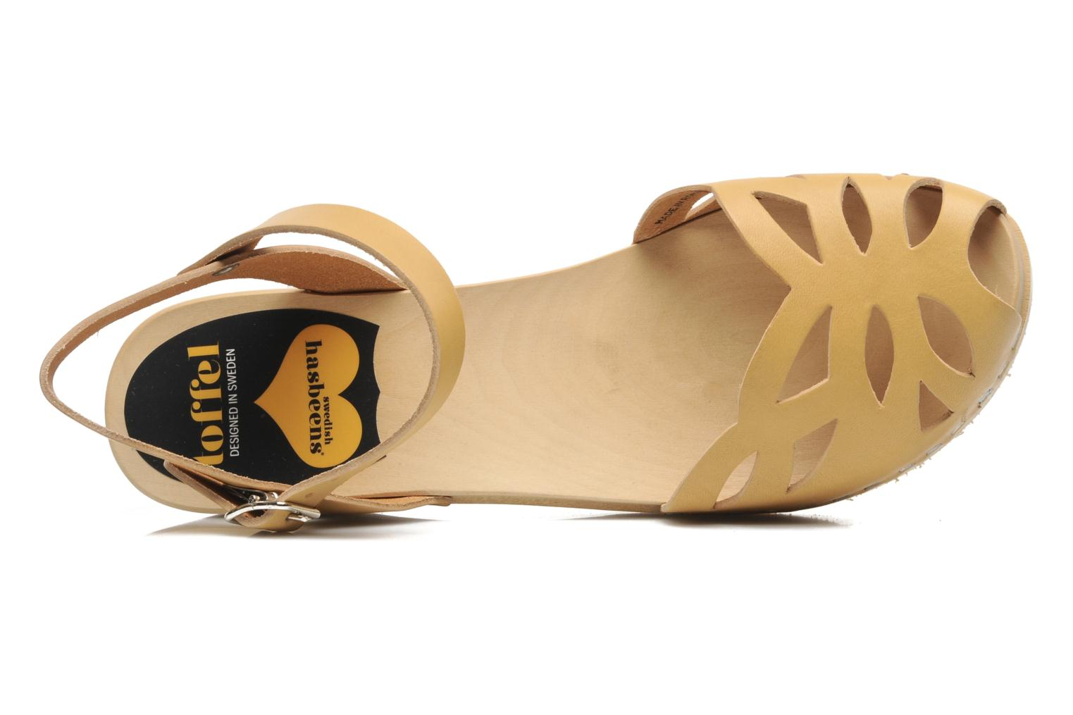Sandals Swedish Hasbeens Ornament clog Beige view from the left