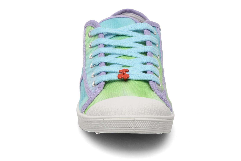 Sneaker Le temps des cerises Basic 02 Tie & Dye mehrfarbig schuhe getragen