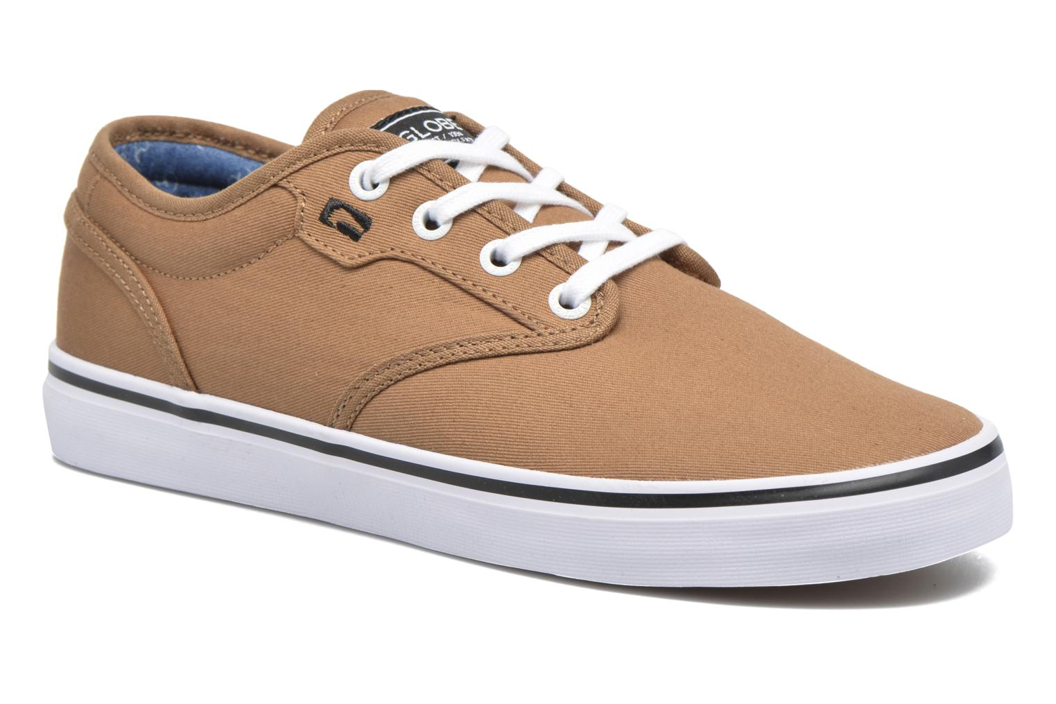 Sport shoes Globe Motley Brown detailed view/ Pair view