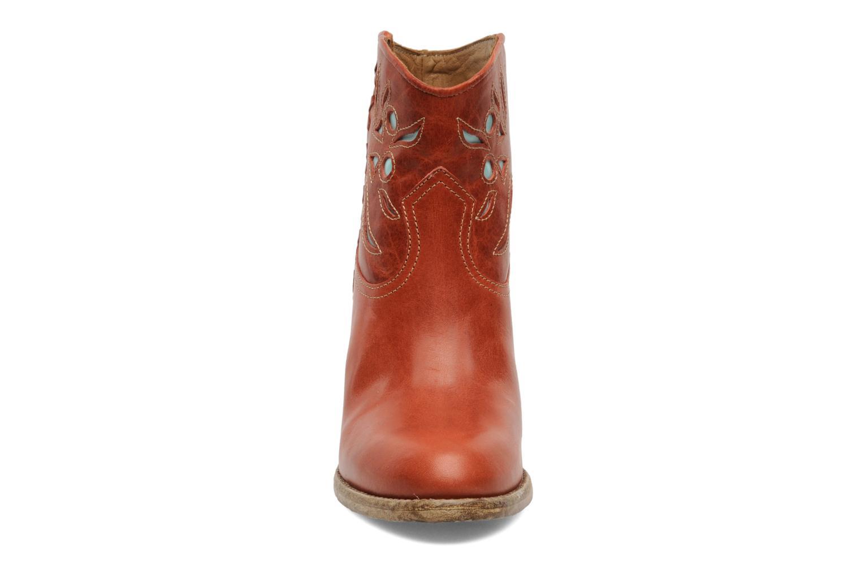 Stivaletti e tronchetti Swildens Izie Marrone modello indossato