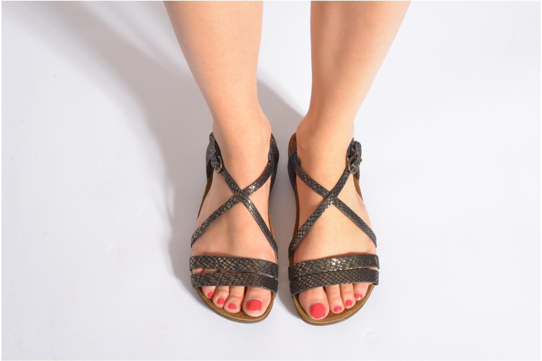 Sandales et nu-pieds Kickers Atomium Or et bronze vue bas / vue portée sac