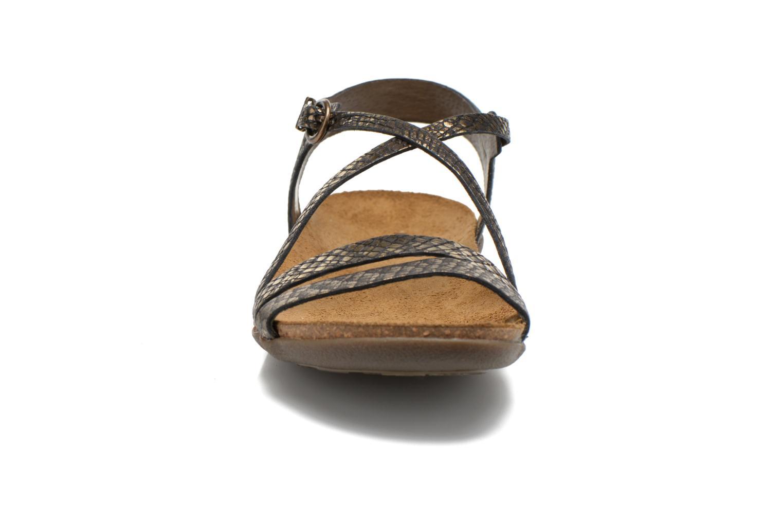 Sandales et nu-pieds Kickers Atomium Or et bronze vue portées chaussures