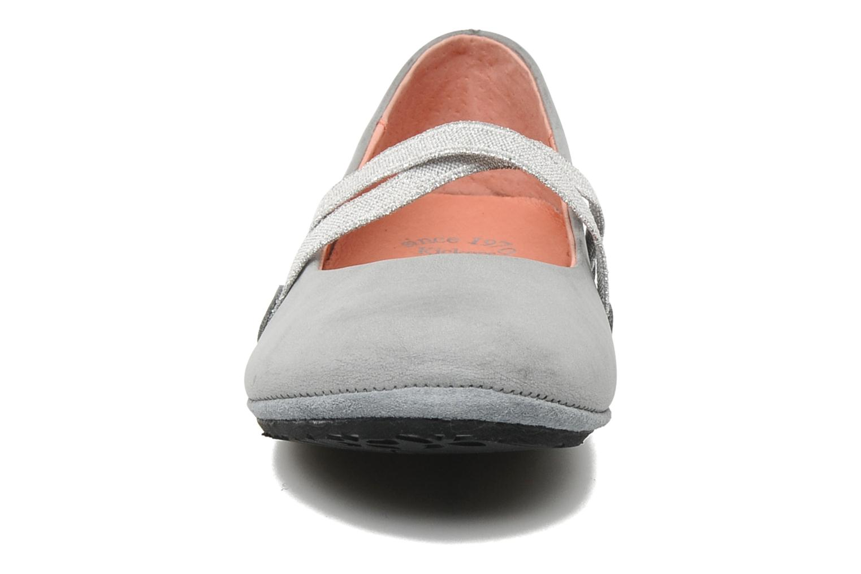 Ballerinas Kickers DOREMI grau schuhe getragen