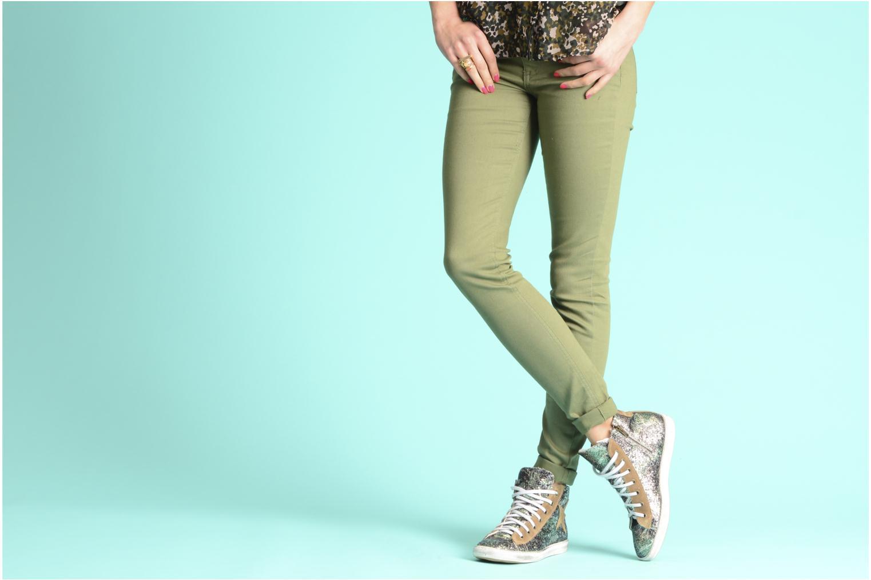 Sneaker Méliné Mounia mehrfarbig ansicht von unten / tasche getragen