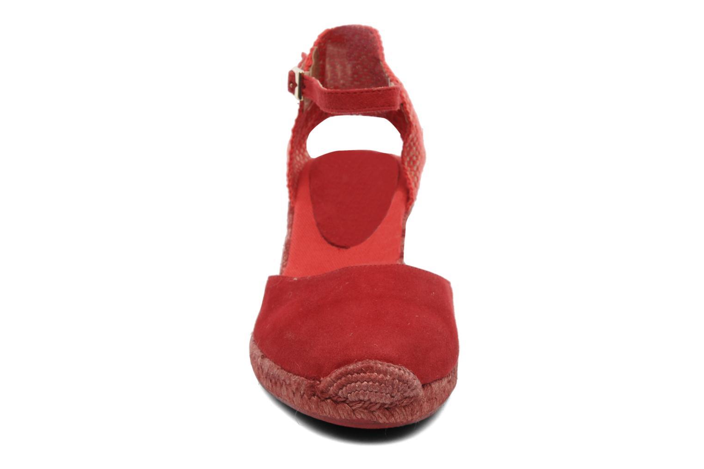 Sandalias Elizabeth Stuart Volga 630 Rojo vista del modelo