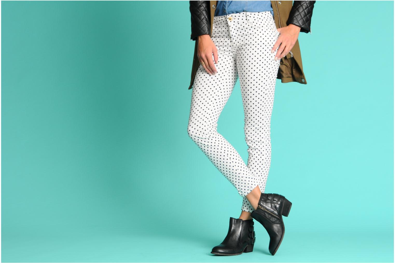Stiefeletten & Boots H By Hudson ENCKE braun ansicht von unten / tasche getragen