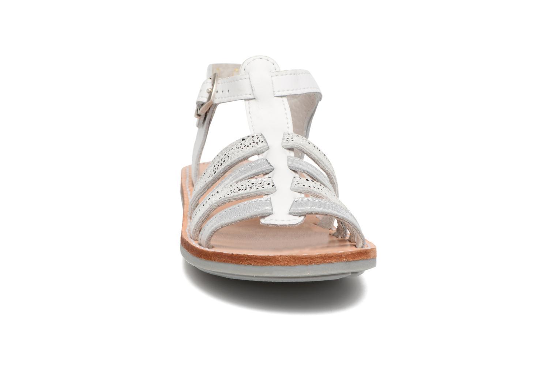 Sandales et nu-pieds Minibel Chana Blanc vue portées chaussures