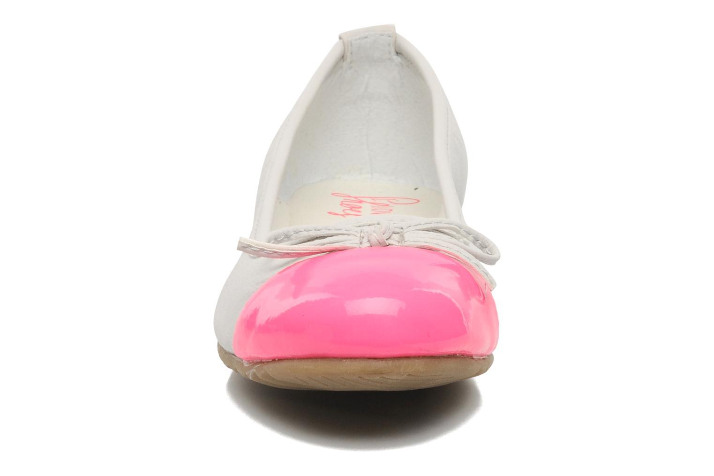 Ballet pumps I Love Shoes Sue Ellen White model view