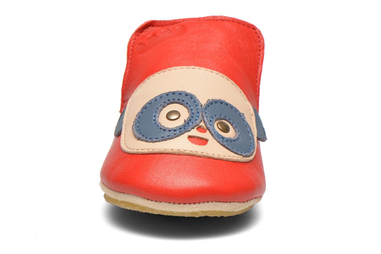 Tofflor Easy Peasy Blublu Patin Panda Röd bild av skorna på