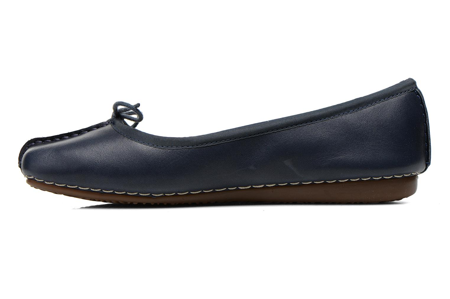 Freckle Ice Navy leather