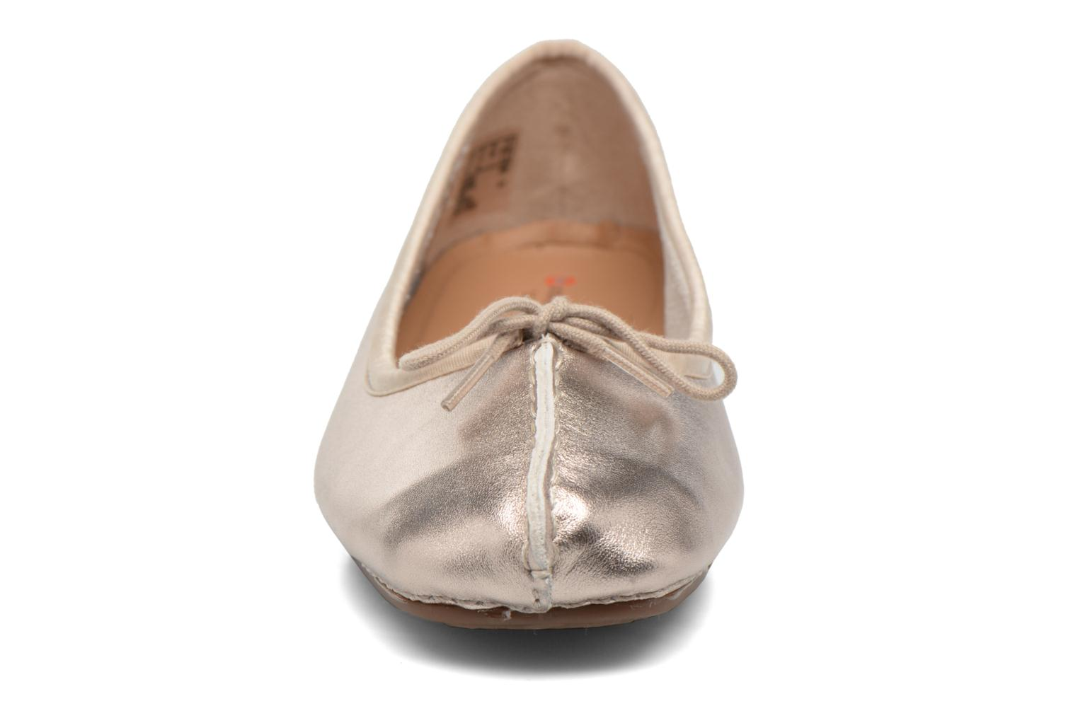 Ballerinas Clarks Unstructured Freckle Ice gold/bronze schuhe getragen