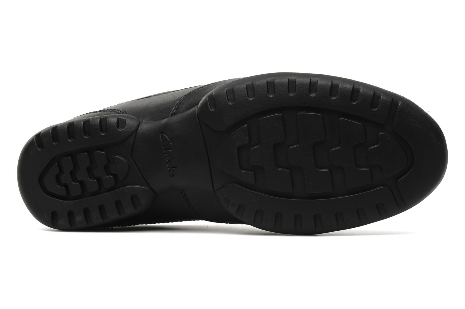 Lace-up shoes Clarks Recline Out Black view from above