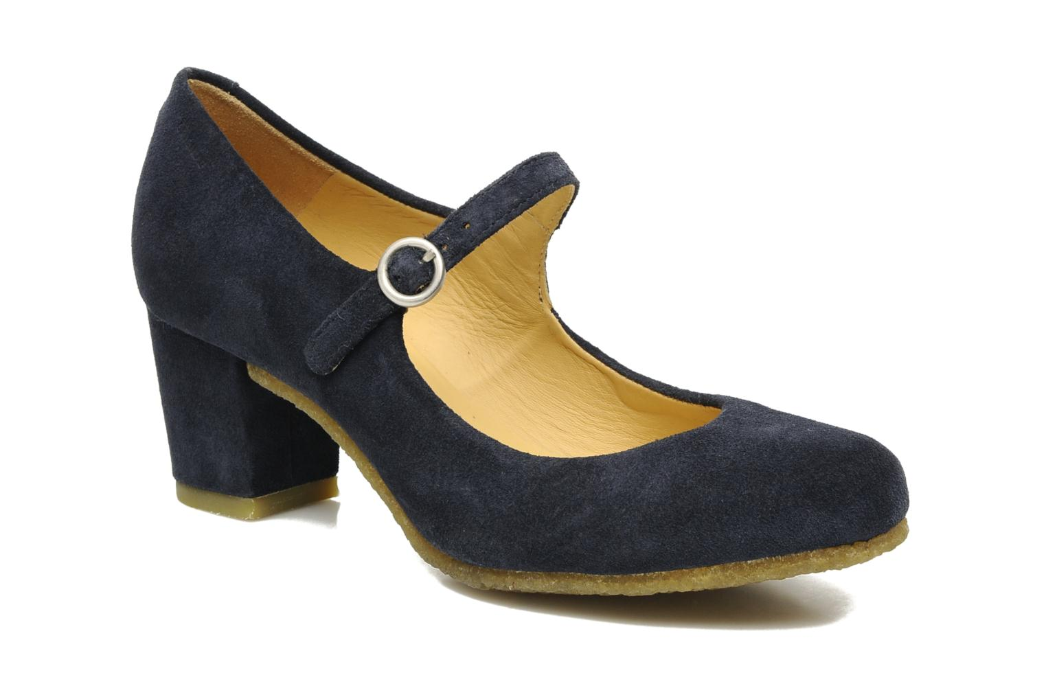 Cary Jane Denim blue suede