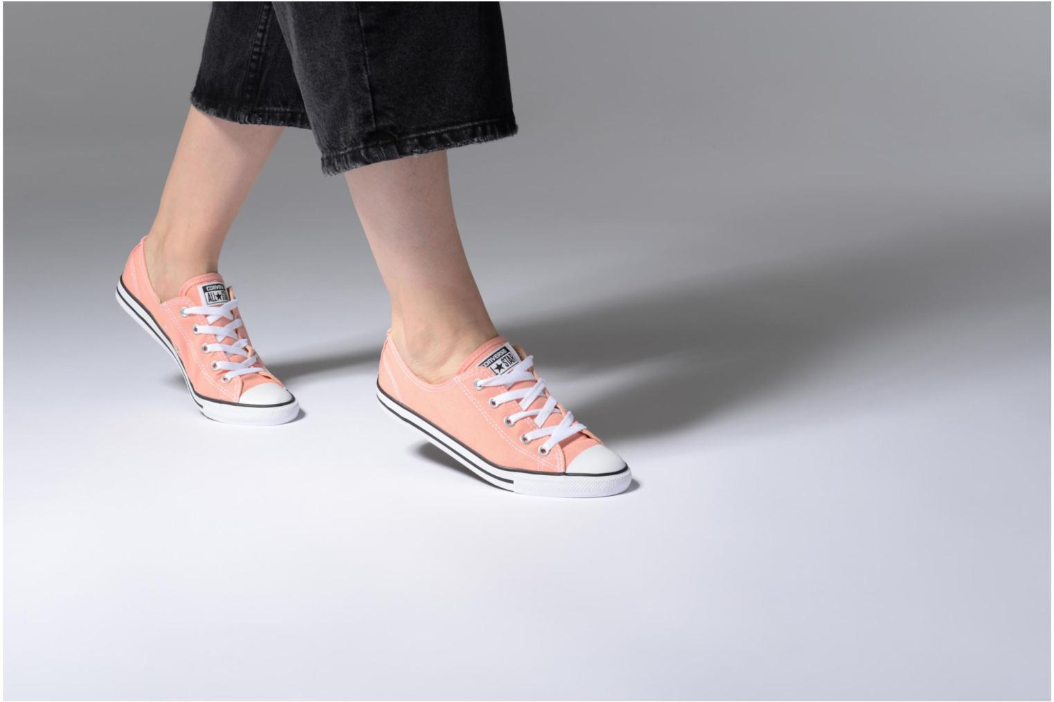 Trainers Converse All Star Dainty Canvas Ox W Pink view from underneath / model view