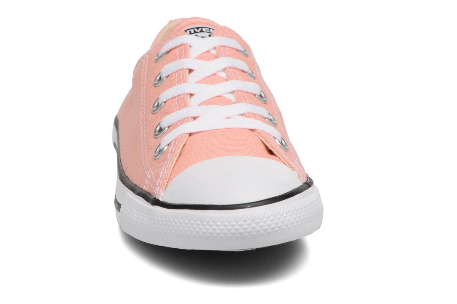 Baskets Converse All Star Dainty Canvas Ox W Rose vue portées chaussures
