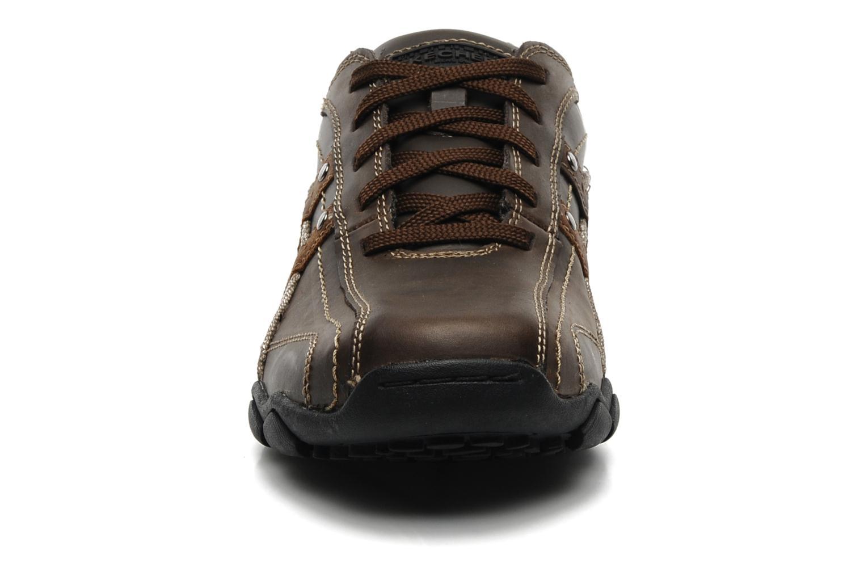 Sneaker Skechers Diameter Blake 63385 braun schuhe getragen