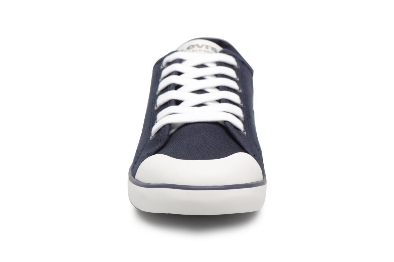 Baskets Levi's VENICE L Bleu vue portées chaussures