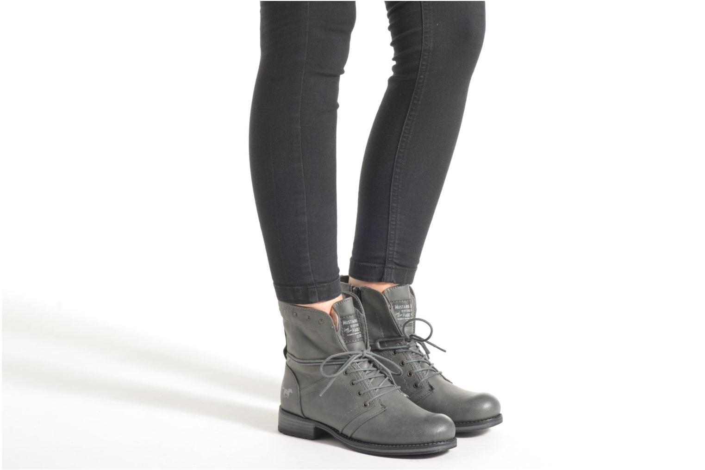 Bottines et boots Mustang shoes Irina Gris vue bas / vue portée sac