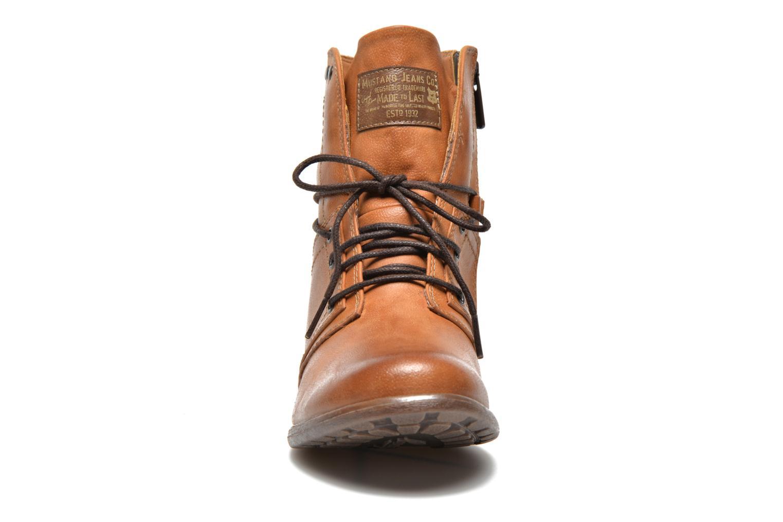 Bottines et boots Mustang shoes Mirjam Marron vue portées chaussures