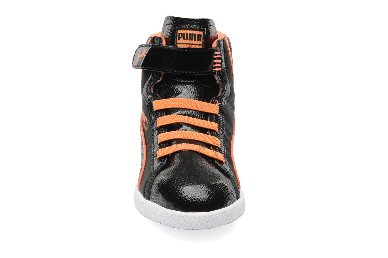 Baskets Puma First Round Animal V Kids Noir vue portées chaussures