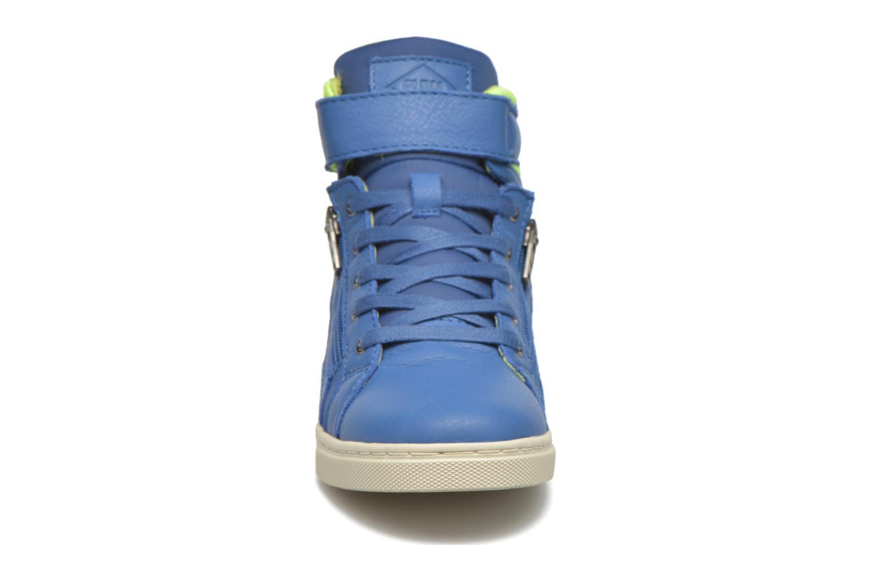 Sneakers P-L-D-M By Palladium Veleda TFL Azzurro modello indossato