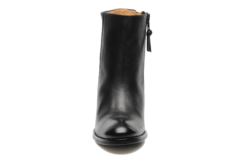Boots en enkellaarsjes Royal Republiq Jolie Base bootie Zwart model