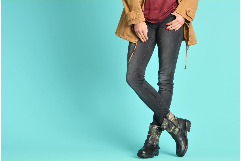 Stiefeletten & Boots Les Tropéziennes par M Belarbi Lucky schwarz ansicht von unten / tasche getragen