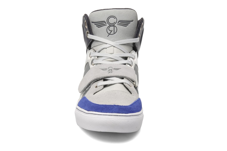 Baskets Creative Recreation Cota Gris vue portées chaussures