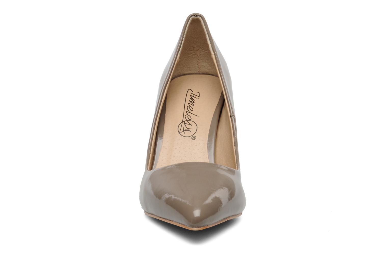 Zapatos de tacón I Love Shoes Parker Beige vista del modelo