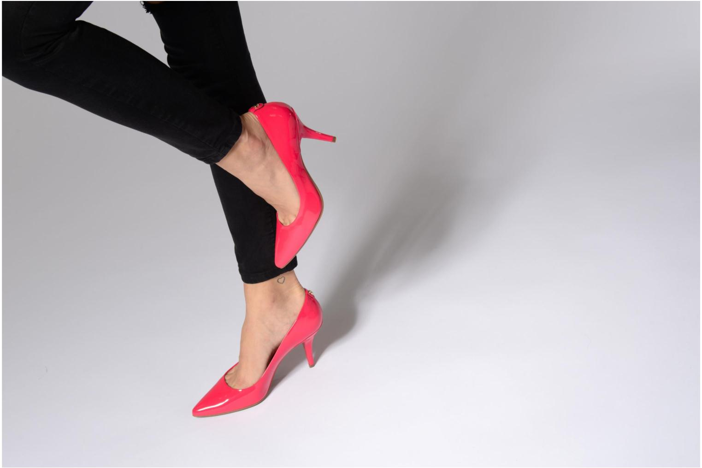 High heels Michael Michael Kors MK Flex Mid Pump W Red view from underneath / model view